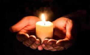 Encended una vela bendita que bastará para muchos días