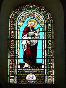 Vitral de Santa Isabel en la iglesia Quinsac Dordogne